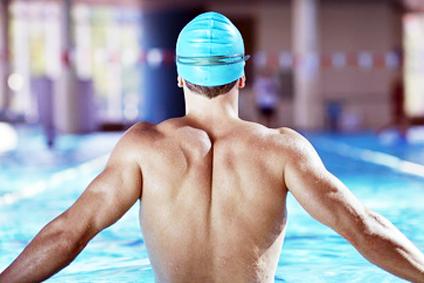 Davvero il nuoto migliora la postura?